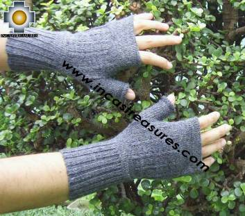 100% Alpaca Wool Mittens Solid Color
